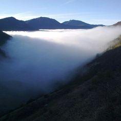 """""""#Puerto de Leitariegos #Asturias # Niebla en el valle""""    tanesracing"""