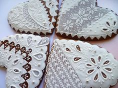 Lace Cookies, Heart Cookies, Royal Icing Cookies, Cupcake Cookies, Sugar Cookies, Cookies Et Biscuits, Valentine Cookies, Christmas Cookies, Cookie Decorating Party