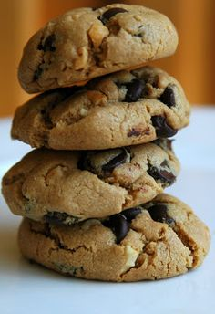 Recipe For Peanut Butter and Chocolate Chips Cookies GF - SOOOOO delicious!!! i can't believe they have no butter/flour/milk! Gluten Free Peanut Butter Chocolate Chip cookies.