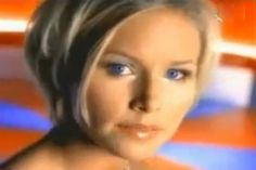 Nina Persson #90shair Nina Persson, The Cardigans, 90s Hairstyles, Double Denim, Pop Group, Hair Inspiration, Musicals, Hair Cuts, Singer