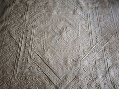 Sue Daurio's Quilting : Labyrinth Done - updated Labrynth Quilt Pattern, Special Person, Background Patterns, Quilt Patterns, Give It To Me, Quilting, Quilt Pattern, Special People, Quilting Patterns