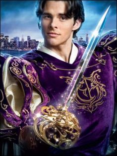James Marsden as Prince Edward - Enchanted / he was animated at the beginning and end of the movie / he also found 'true love' ! Enchanted Movie, Giselle Enchanted, Disney Enchanted, Disney Pixar, Walt Disney, Evil Stepmother, James Marsden, Don Juan, Romantic Look