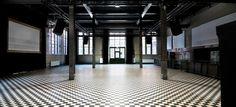 Malzfabrik Berlin - schwarz-weiße Event Location Deutschland #weiß #black #location #event #eventinc #veranstaltung #ort #white #allblackwhite #ohne #farben #inspiriert #allwhiteeverything #dekoration #einrichtung