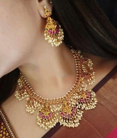 Indian Jewelry Earrings, Indian Jewelry Sets, Indian Wedding Jewelry, Beaded Jewelry, Ethnic Jewelry, India Jewelry, South Indian Bridal Jewellery, Gold Earrings, Beaded Necklaces