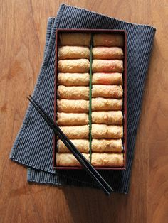 女子ウケ200%! つまみやすくておいしい、「呼きつね」の「いなり寿司」