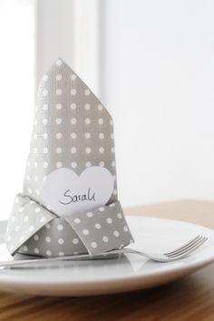 Serviette als Platzkarte | DIY Hochzeit