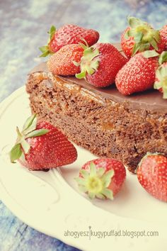 .: Sacher torta My Recipes, Cheesecake, Strawberry, Fruit, Cooking, Food, Kitchen, Cheese Cakes, Eten