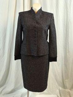 #STJOHNknit Evening Navy Blue/ Silver Suit Blazer/Skirt 14/12 #eBay #plussizefashionista #plussize #plussizefashion http://www.ebay.com/itm/ST-JOHN-Evening-Navy-Blue-Silver-Suit-2-Pieces-Blazer-Skirt-Sz-14-12-/172912488999?ssPageName=STRK:MESE:IT
