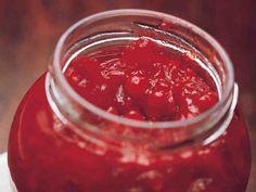 Puolukka-porkkanamarmeladi Spices, Food And Drink, Fish, Baking, Recipes, Food And Drinks, Spice, Pisces, Bakken