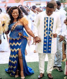 African Women, African Fashion, Ghana Traditional Wedding, Kente Dress, Kente Styles, Plus Size Fashion For Women, African Attire, Bridal Style, Wedding Styles
