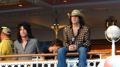 Tommy Thayer & Paul Stanley - KISS Kruise II