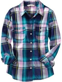 I love an over-sized plaid shirt. Mmhmm.
