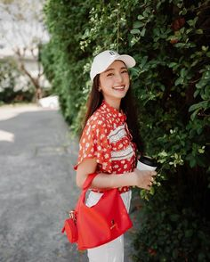 Girly Outfits, Fashion Outfits, Beginning Watercolor, Fashion Photography Inspiration, Shirt Blouses, Ootd, Asian, Actresses, Photo And Video