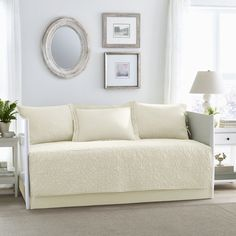 Laura Ashley Felicity Ivory 5-piece Daybed Cover Set