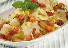 Salada de Couve Frita com Bacon - http://www.receitassimples.pt/salada-de-couve-frita-com-bacon/
