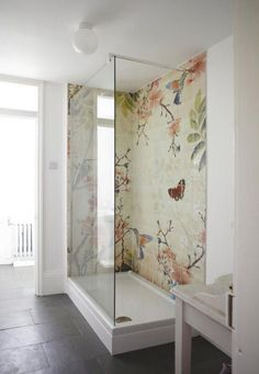 This is a good idea for a wall mural looks to be hand painted onto the tiles but what a fab idea for all budding artists. Some good quality base white tiles and create your own murial. Bad Inspiration, Bathroom Inspiration, Interior Inspiration, Bathroom Ideas, Design Bathroom, Bathroom Remodeling, Basement Remodeling, Remodeling Ideas, Remodeling Contractors