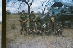 This set is for Photos of the old Rhodesian Army, although this country disappeared in 1980 and its superb Army disbanded, during its time the Rhodesian. Vietnam War Photos, Zimbabwe, Cold War, Cob, Armed Forces, Scouts, South Africa, Birth, Old Things
