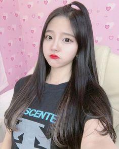 Cute Japanese Girl, Cute Korean Girl, Jung So Min, Girl Korea, Ulzzang Korean Girl, Uzzlang Girl, Ethereal Beauty, Grunge Girl, Kawaii Girl