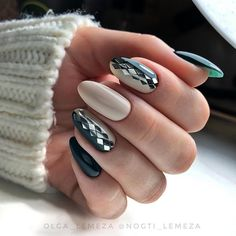 Semi-permanent varnish, false nails, patches: which manicure to choose? - My Nails Round Nails, Oval Nails, Fake Gel Nails, Minx Nails, Latest Nail Art, Nagel Gel, Perfect Nails, Nail Polish Colors, Nail Arts