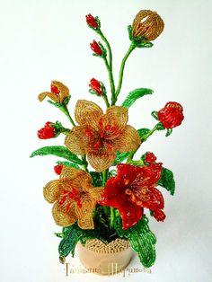 Одноклассники Bonsai, Beaded Flowers Patterns, Beading, Cactus Flower, Sequins, Gems, Facts, Floral Arrangements, Rocks