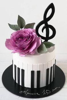 Music Birthday Cakes, Music Themed Cakes, Music Cakes, Creative Cake Decorating, Cake Decorating Videos, Creative Cakes, Fondant Cake Designs, Fondant Cakes, Cupcake Cakes