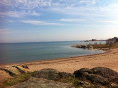Rakkauden polku , Hanko  #rakkaudenpolku #Hanko #Finland Archipelago, Best Memories, Finland, Sea, Spaces, Water, Holiday, Outdoor, Sands