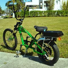 Photos of custom motorized bicycles.See OCC Schwinn Stingray choppers we've motorized.Also rat rods & cruisers, e-bikes or ones with gas and electric motors. New Electric Bike, Gas And Electric, Bike Chopper, Suv Bike Rack, Gas Powered Bicycle, Banana Seat Bike, Tricycle Bike, Bicycles For Sale, Motorised Bike