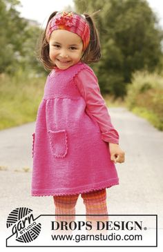 "Knitted DROPS tunic in ""Merino Extra Fine"" with pockets and yoke in seed st. Size 3 to 12 years. ~ DROPS Design"