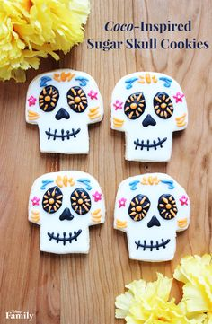 Get inspired by Coco to create these Sugar Skull Cookies and decorated them like the traditional sugar skulls used during Día de los Muertos. They're sugary, buttery, and so yummy! Gather your family to enjoy this Coco-themed treat. Halloween Scavenger Hunt, Halloween Party Games, Halloween Activities, Halloween Fun, Halloween Printable, Family Halloween, Halloween Riddles, Preschool Halloween, Sweets