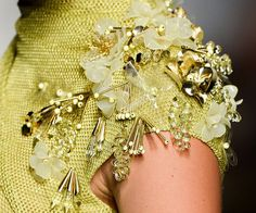 Ideas dress yellow green colour for 2019 Tambour Beading, Tambour Embroidery, Couture Embroidery, Embroidery Fashion, Ribbon Embroidery, Couture Details, Fashion Details, Diy Fashion, Embroidery Designs