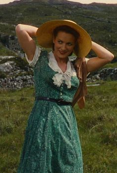 Maureen O'Hara in The Quiet Man (1952) Costumes by Adele Palmer.