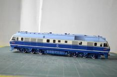 China Railways DF11 (Dongfeng-11 Diesel Locomotive) Free Train Paper Model Download