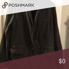 @donnacloset  Stop deceiving people. @donnacloset Do not get righteous. Just stop deceiving people. Poshmark agreed with a refund. Free People Jackets & Coats