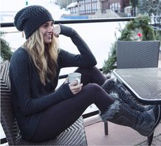 Love this casual winter outfit! Perfect for a ski vacation. #fallfashion #winterfashion #boots