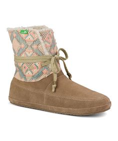 Loving this Tan & Coral Geometric Sun Down Chill Suede Boot - Women on #zulily! #zulilyfinds