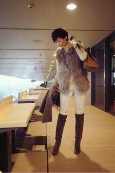 wardrobe &林本マネージャーおめでとう! の画像|田丸麻紀オフィシャルブログ Powered by Ameba