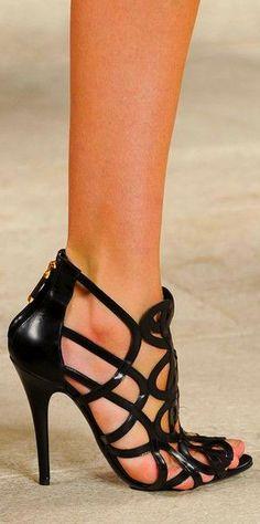 Ralph Lauren Black Strappy Heels - Style Estate - http://blog.styleestate.com/style-estate-blog/ralph-lauren-black-strappy-heels.html