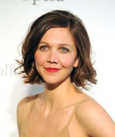 Maggie Gyllenhaal Bob Hairstyles for Round Faces