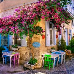 Outdoor Cafe in Turkey pieces) Beautiful Places To Visit, Wonderful Places, Outdoor Living, Outdoor Decor, Outdoor Cafe, Beautiful Gardens, The Good Place, Greece, Beautiful Pictures