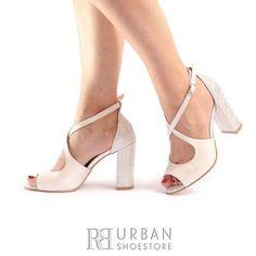 Peep Toe, Box, Shoes, Fashion, Moda, Snare Drum, Shoes Outlet, Fashion Styles, Shoe