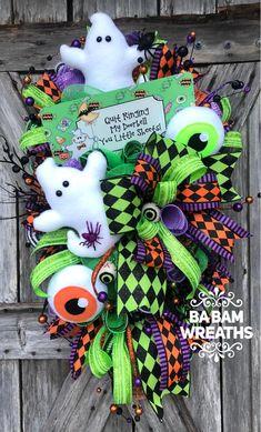 Halloween Wreath, Ghost Wreath, Halloween Decor, Halloween S Halloween Mesh Wreaths, Halloween Door, Deco Mesh Wreaths, Holiday Wreaths, Fall Halloween, Halloween Crafts, Happy Halloween, Halloween Decorations, Halloween Season