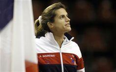 Fed Cup: Amélie Mauresmo veut bâtir et aider Marion Bartoli - http://www.andlil.com/fed-cup-amelie-mauresmo-veut-batir-et-aider-marion-bartoli-91043.html
