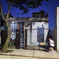 Modern Industrial Maracanã House in Sao Paulo