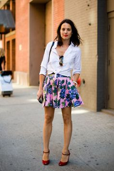 perfect spring look: bright florals and lips