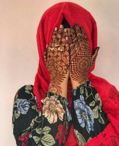 Modern Henna Designs, Rose Mehndi Designs, Legs Mehndi Design, Stylish Mehndi Designs, Henna Art Designs, Mehndi Design Pictures, Mehndi Designs For Girls, Wedding Mehndi Designs, Beautiful Mehndi Design