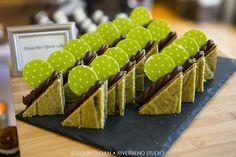 . Peninsula Chicago, Gingerbread Cookies, Beverage, Real Weddings, Presentation, Sweet, Desserts, Food, Gingerbread Cupcakes