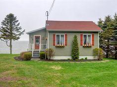 Maison à vendre à Rimouski, Bas-Saint-Laurent, 1122, Rue de la Plage, 28955970 - Centris