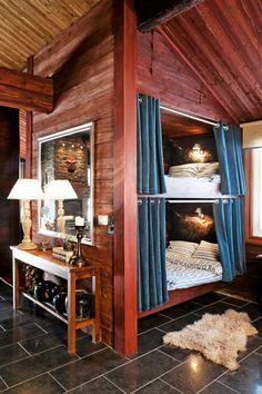 Inbyggd våningssäng, sängkoja, sovskåp