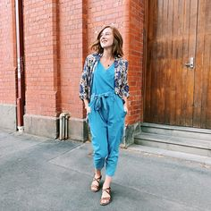 "Kate Hall Eco Lifestyle Blog on Instagram: ""LEARNING✖️ This week I've learnt...⠀ 💇‍♀️Bobs require scarves in cool weather⠀ .⠀ @hauseofglassborow are divine... their retro prints 😍 -…"" Bobs, Lifestyle Blog, Scarves, Jumpsuit, Weather, Shirt Dress, Learning, Retro, Cool Stuff"