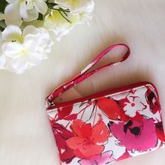 "HP | Floral Wristlet Easily goes from the office to your great escape. Item still has tags attached and has never been used  • 4.25""H x 6.5""W x 0.5""D • wrist strap  • zipper closure  • exterior: zip pocket • interior: 3 slip pockets & zip pocket • faux leather   ◆ no holds  ◆ no trades   ◇ price firm  ✦✦ bundle and save 10% on 3+ items ✦✦ Croft & Barrow Bags Clutches & Wristlets"